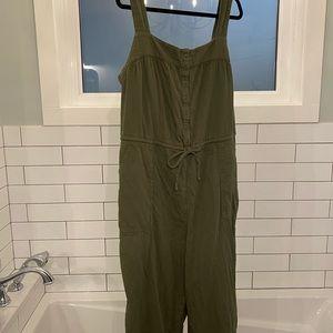 Olive green sleeveless jumpsuit